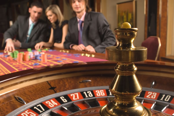 Play Roulette Online For Fun, Excitement And To Get A Little Lucky!
