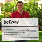 Mega-Jackpot-Winner-Jon-Heywood-Online-Casino-Slots